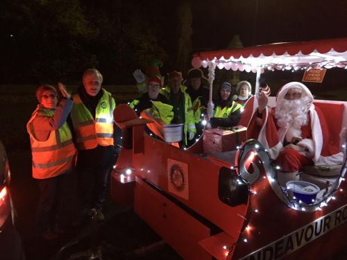 Endeavour Rotary and Elves come to Whitby